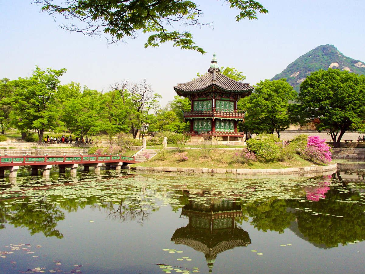 Seoul Sehenswürdigkeiten Hyangwonjong Pavilion Südkorea